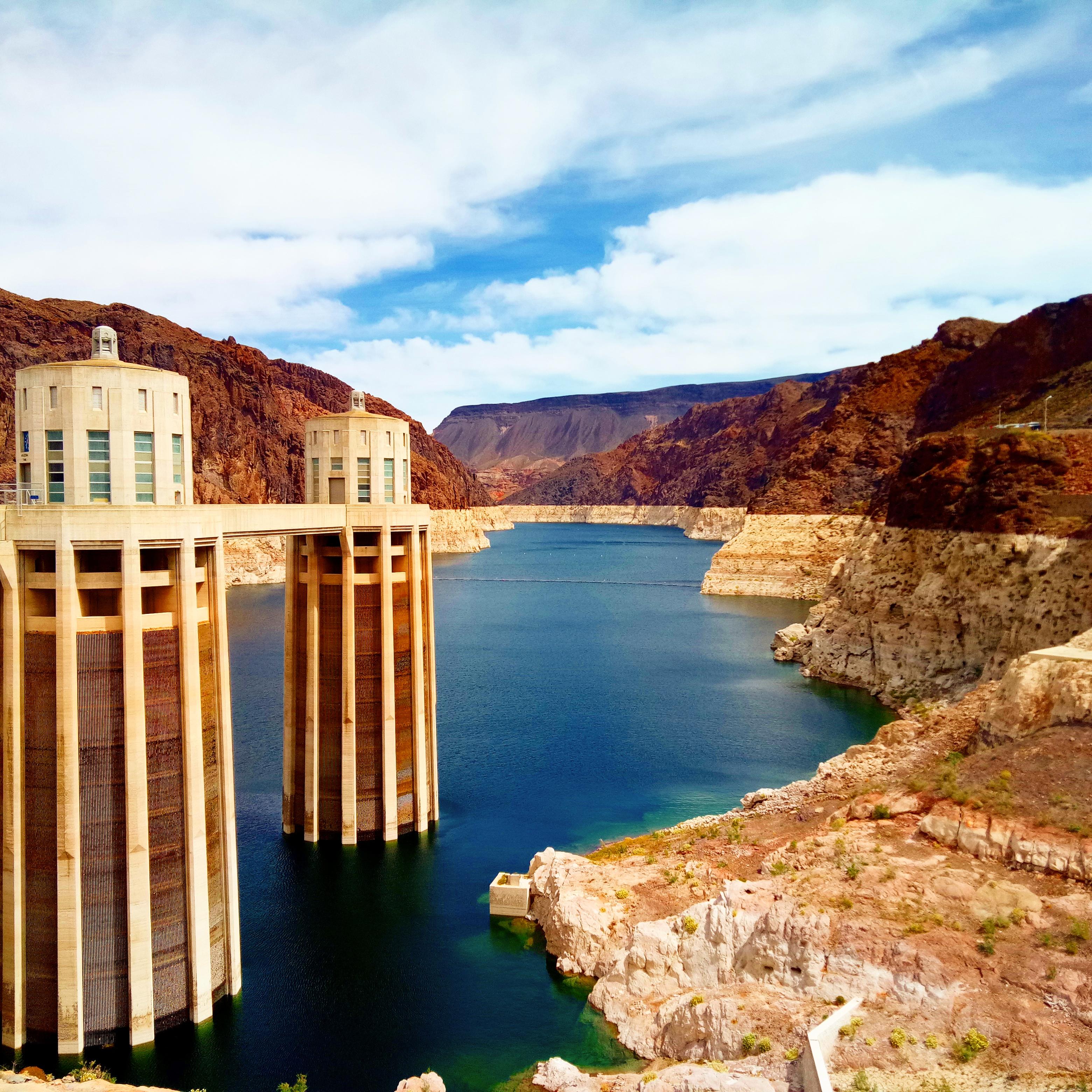 hoover dam history travel epic vlog blog usa desert diaries