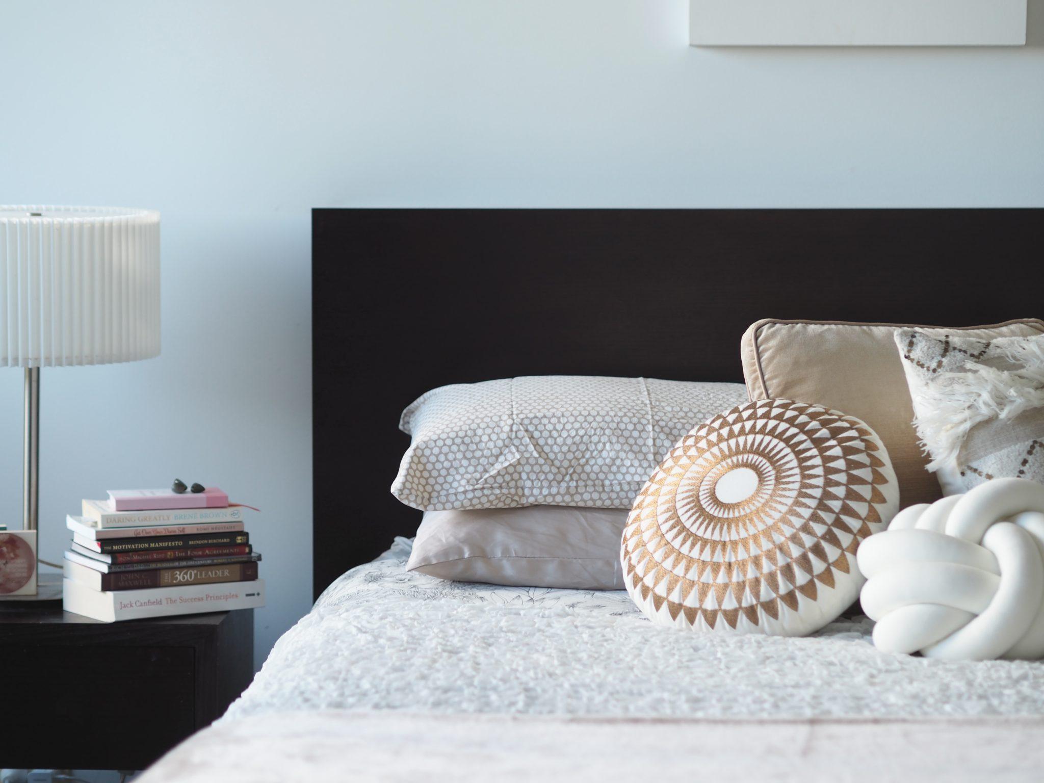 furnished apartment decorating cushions
