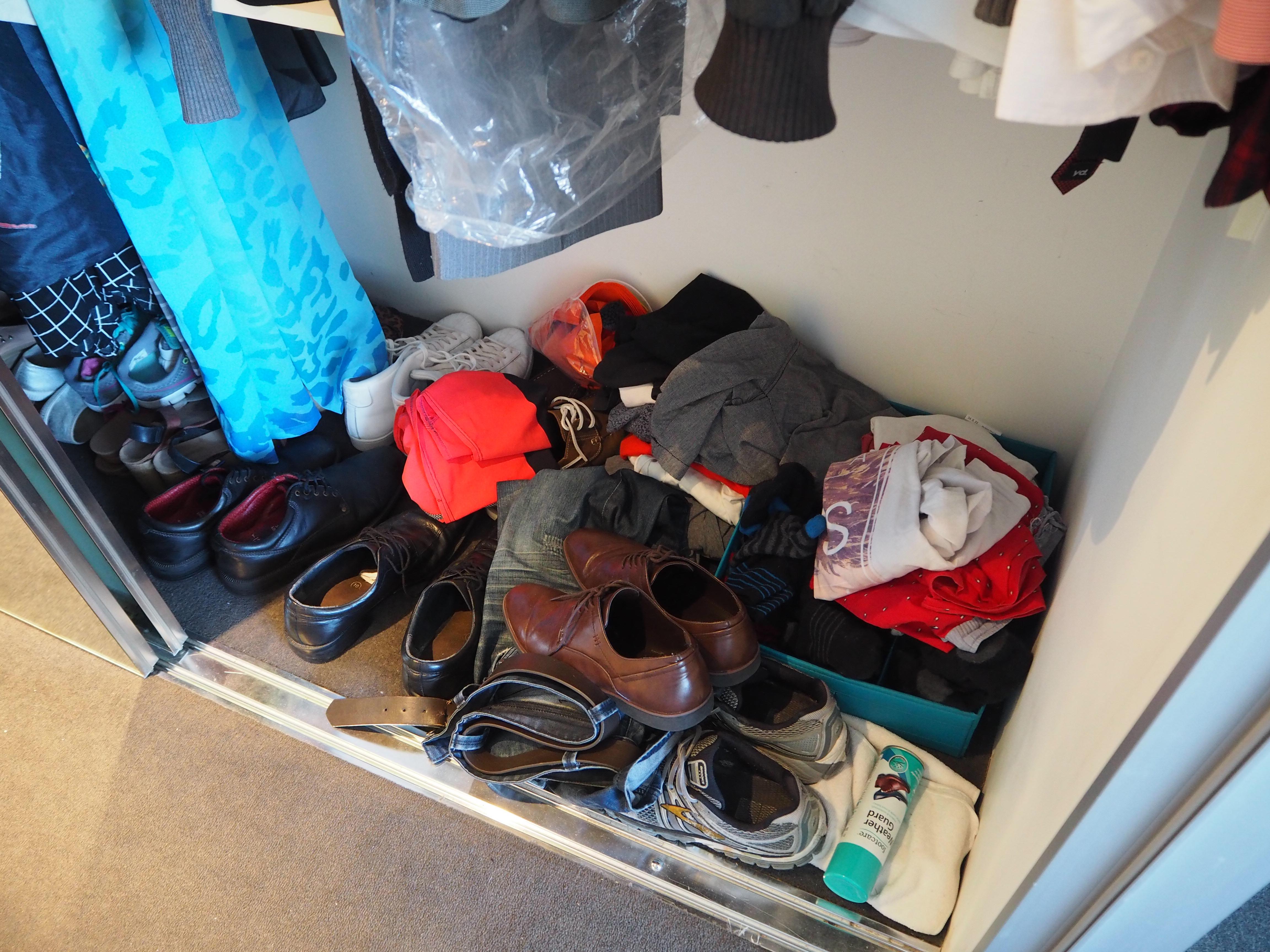 wardrobe storage makeover before