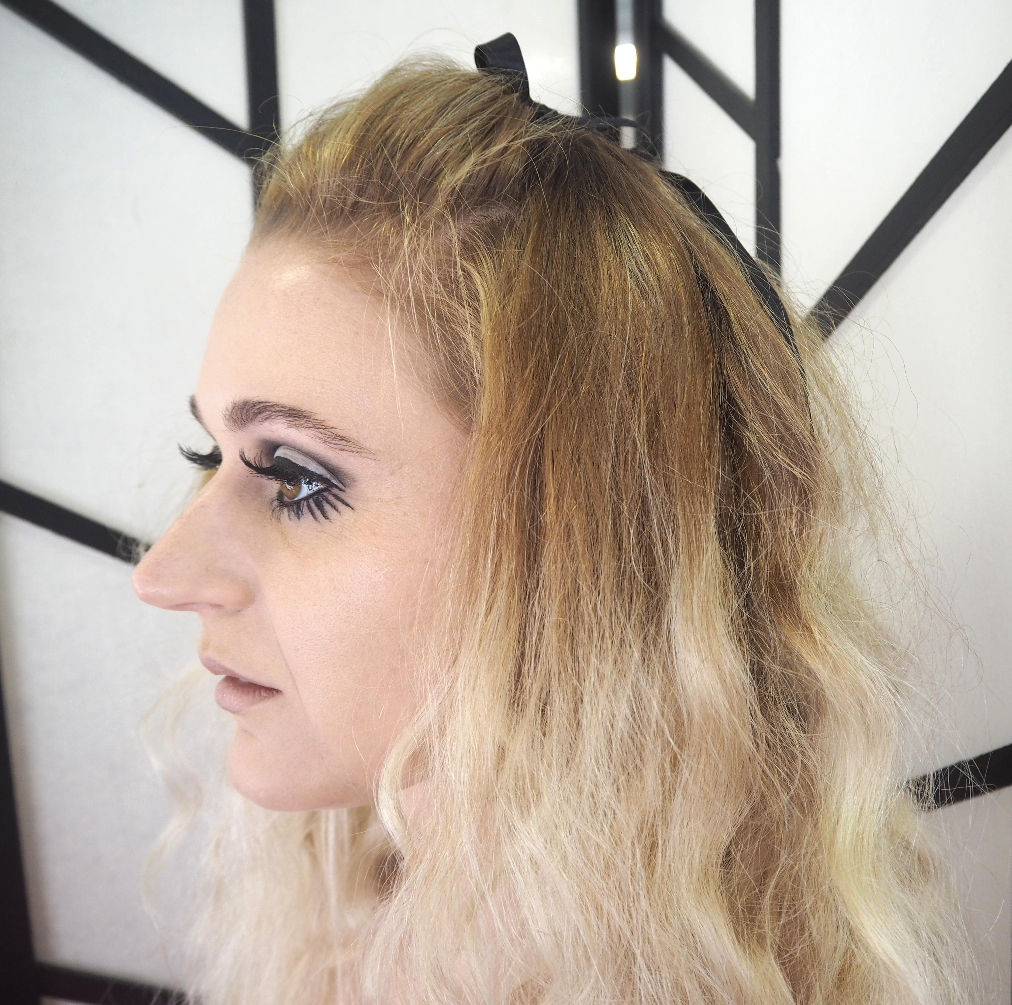 beauty school twiggy 60s makeup