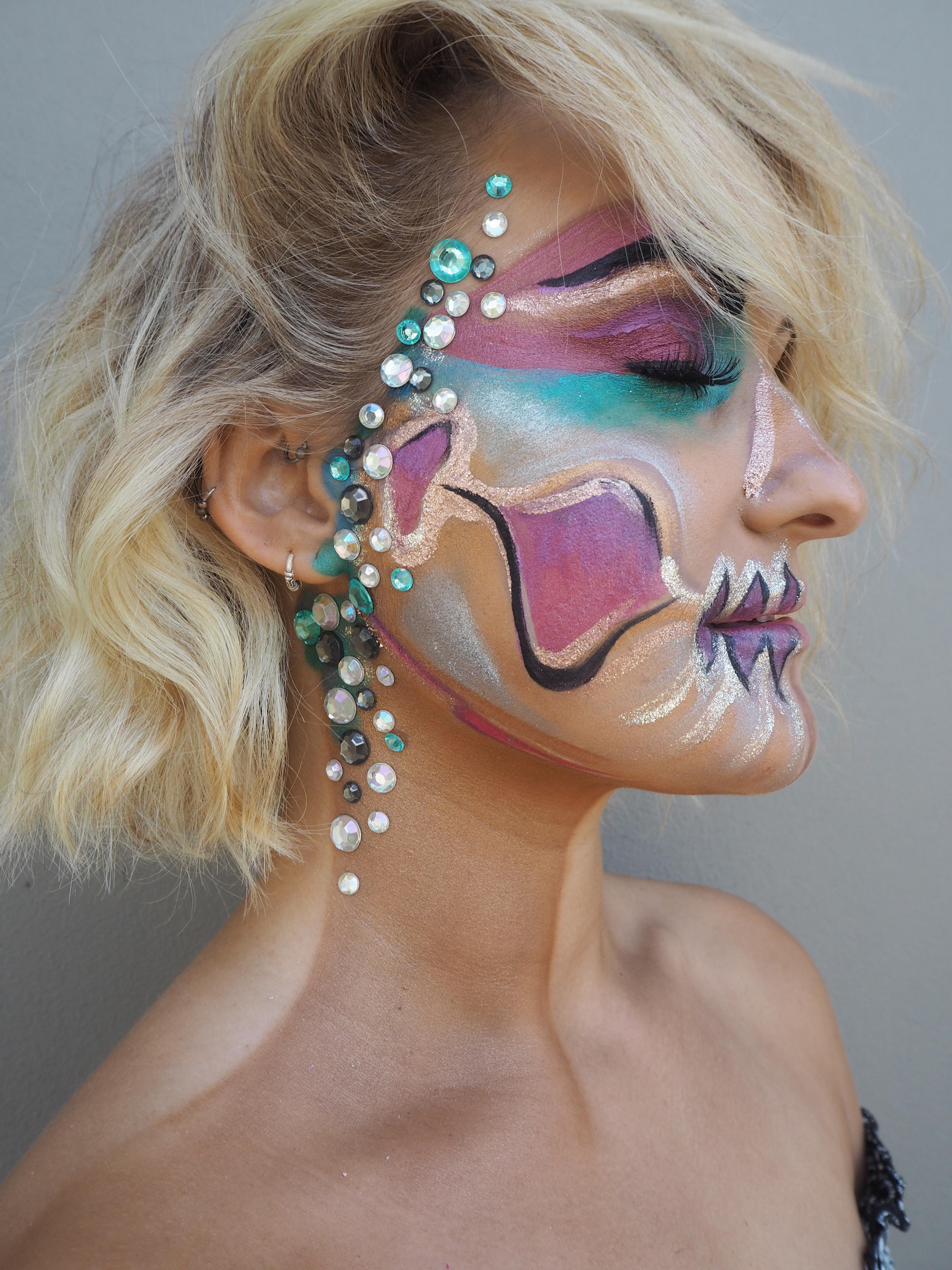 fantasy pastel pretty skull makeup inspo