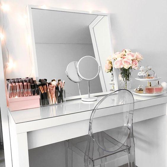 makeup vanity setup beauty room organisation