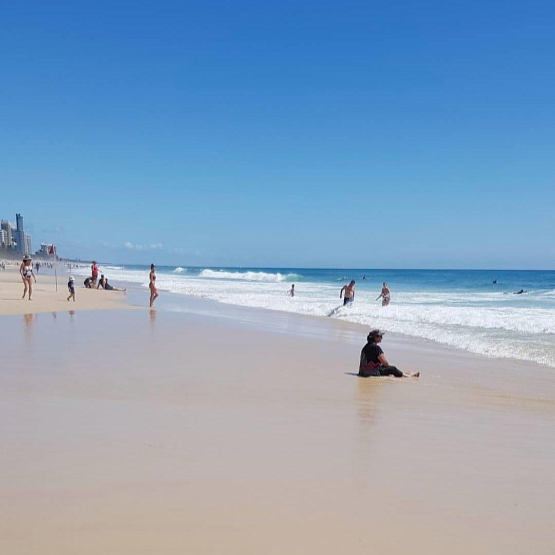 surfers paradise beach gold coast fun to do