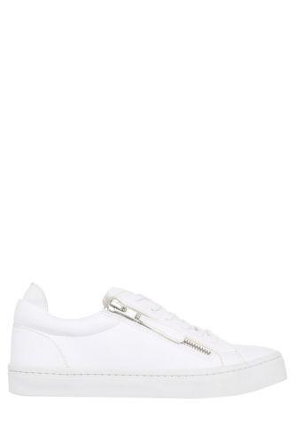 white sneakers under 100 autumnal fashion blog