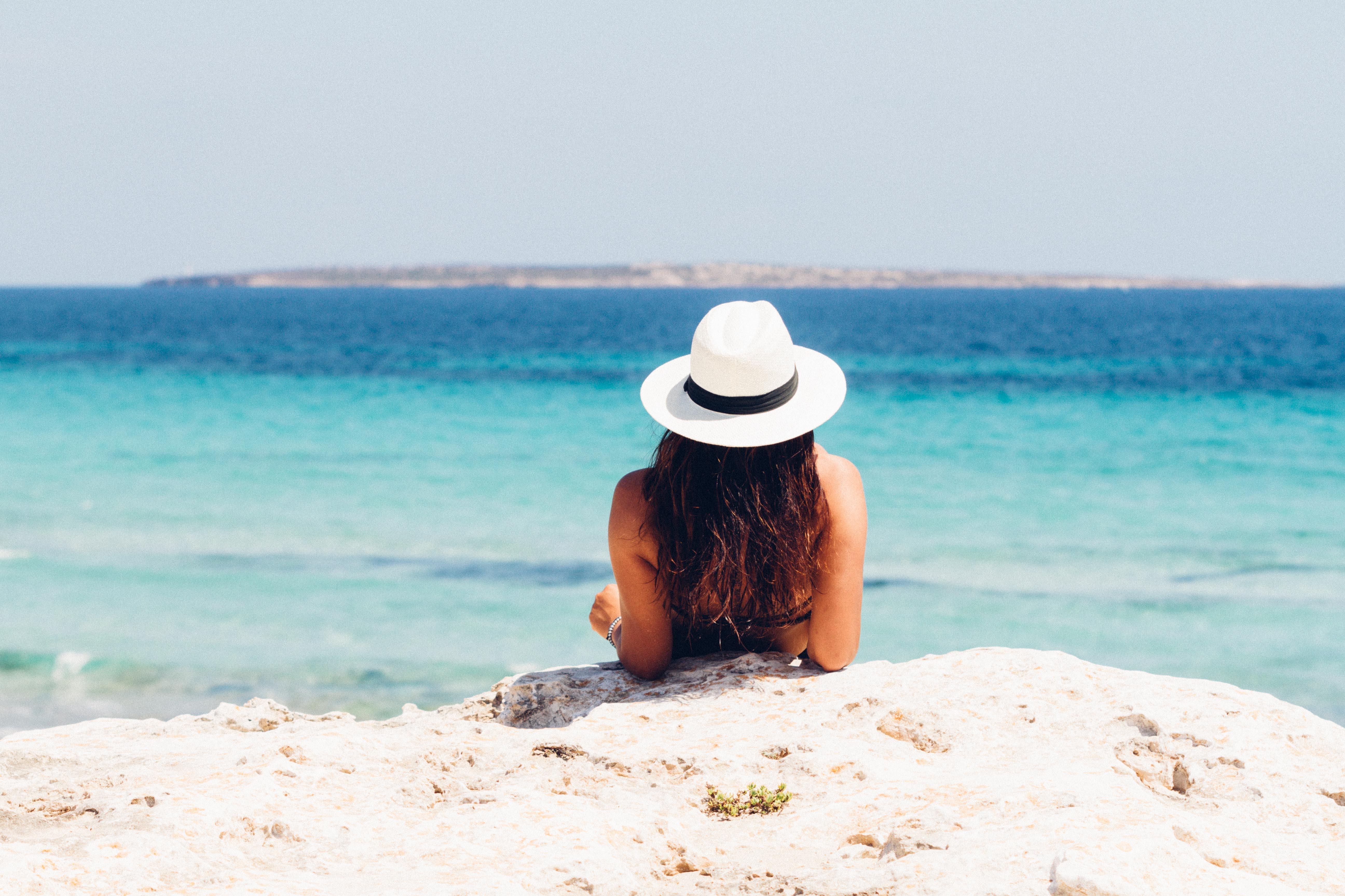 summer vacay holiday wardrobe essentials beach blog travel