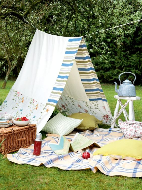 perfect instagram picnic setting spring cute basket food blog tent